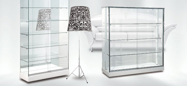 Vetrina di vetro per esposizione pannelli decorativi for Ikea vetrine in vetro
